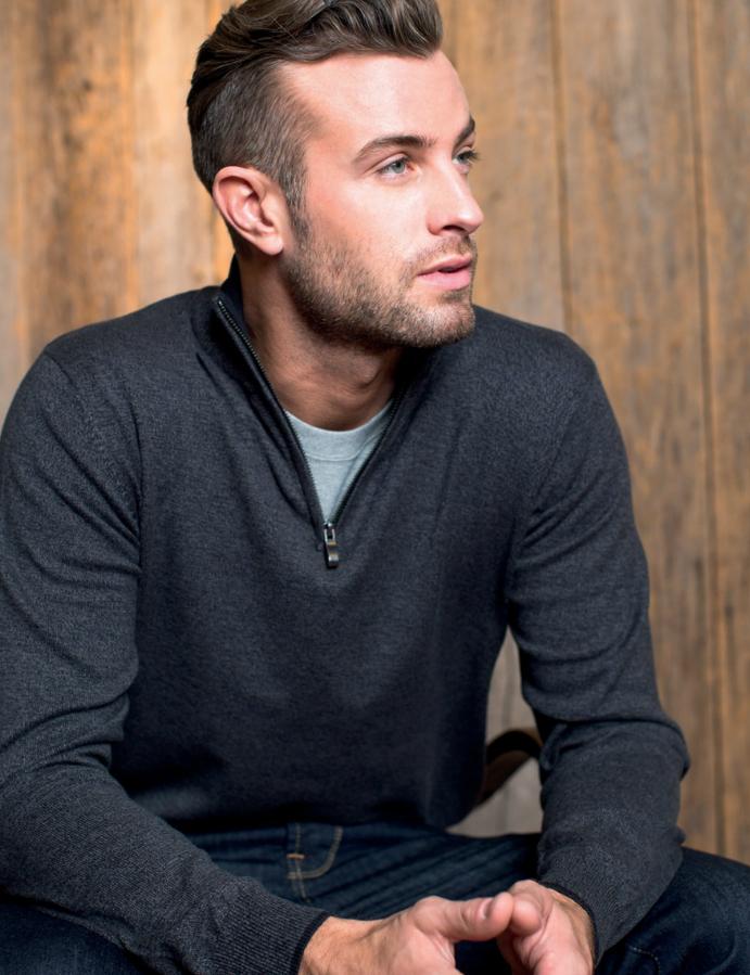 Strikket genser fra Tracker perfekt med logo brodering
