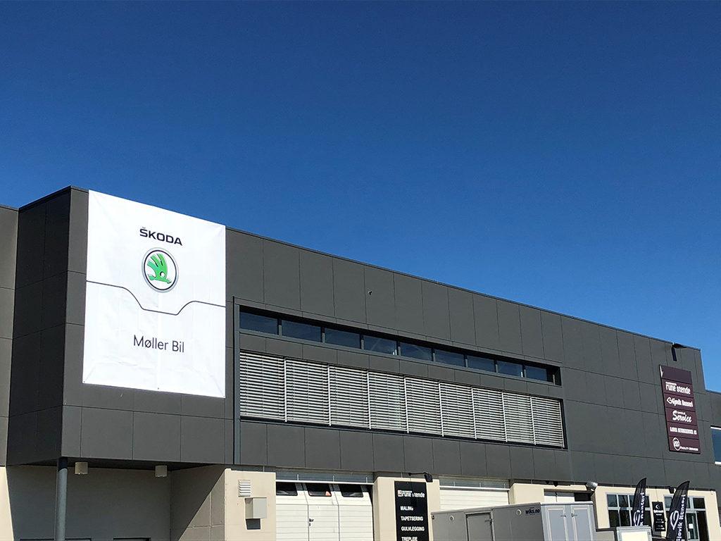 Stort fasadebanner Skoda, banner, stort banner, print på banner