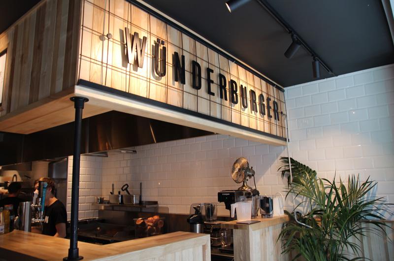 Utsmykning bar Wunderburger, skilt, butikkskilt