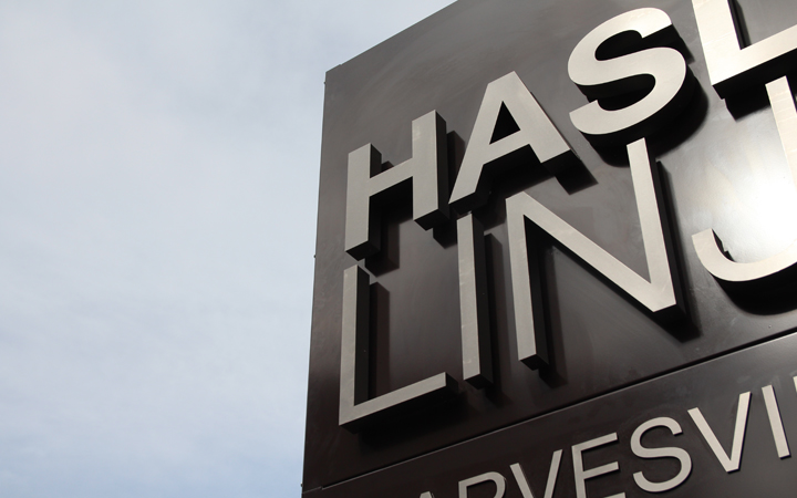Infromasjonsskilt Hasle Linje, Bauta, skilt
