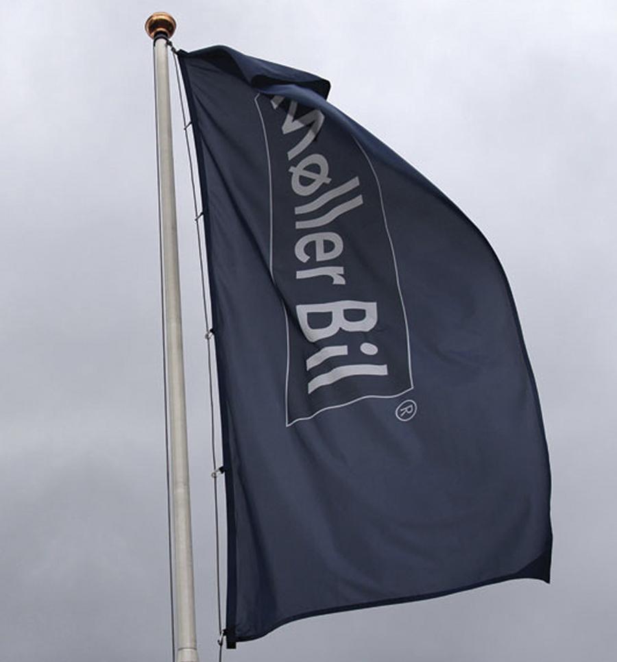 Flagg utendørs Møller Bil