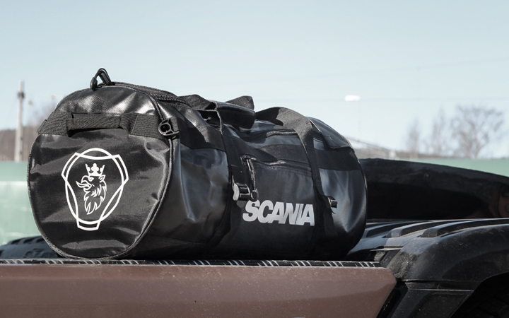Spesialdesignet duffelbag til Norsk Scania