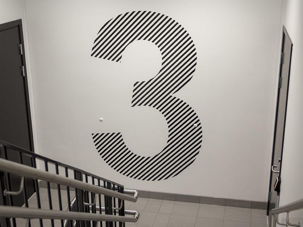 Folie på vegg, etasjemerking, etasjeskilt, folie, print