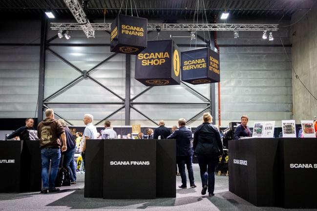 Bilde tatt av Scania sin stand på Transport & Logistikkmessen 2019. Profilforum stod for alt av dekor og oppbygging av både stand og butikk.