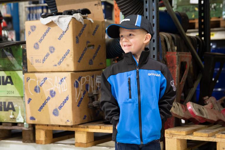 Softshelljakke Norsk Scania, jakke med logo, barnejakke med logo, Norsk Scania logo, spesialproduksjon av jakke med logo