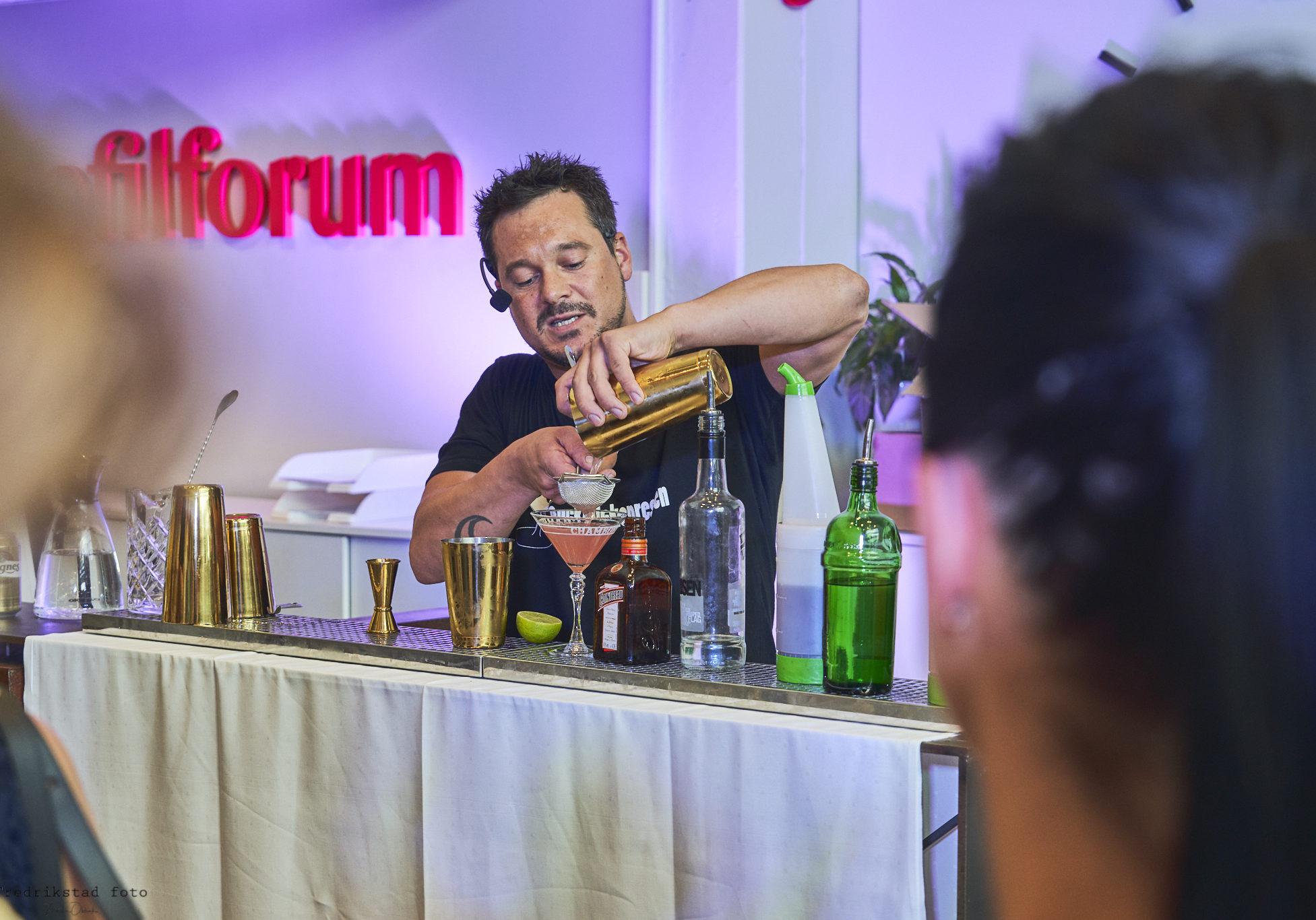 Bartender drinkkurs, event, cocktailkurs, barkurs, drinker, firmafest